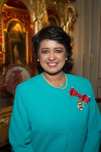 Exclusif - No Tabloids - Ameenah Gurib-Fakim (présidente de la République de Maurice) - Remise de décoration de Grande Croix de L'Ordre royal de François Ier à la présidente de la République de Maurice, Ameenah Gurib-Fakim à Paris le 28 mars 2016. Exclusive - For Germany call for price - Ameenah Gurib-Fakim, president of the Republic of Mauritius receives the Grand Cross of the Royal Order of Francis I in Paris, France on march 28, 2016.