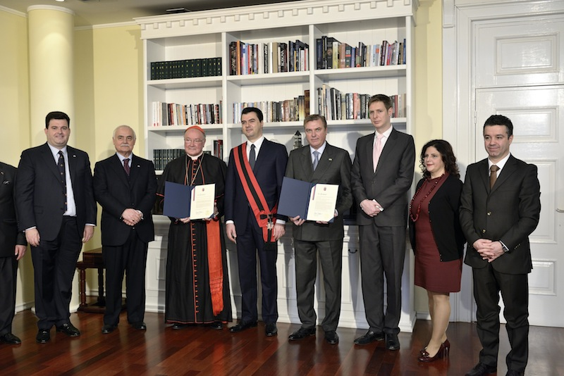 Duke of Castro awarded the 'Freedom of the City of Tirana'