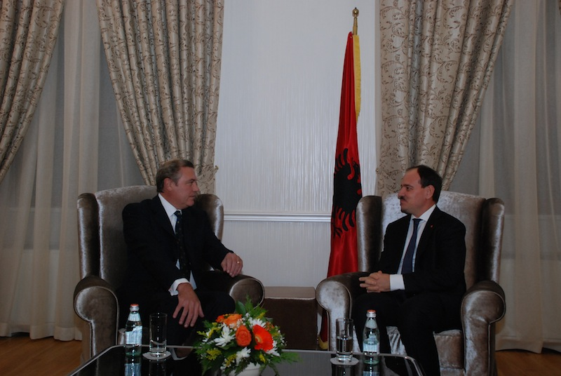 President of Albania decorates The Duke of Castro