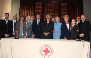 Croce Rossa foto di gruppo